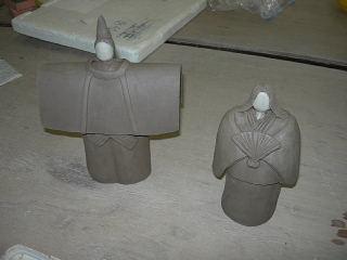 陶のお雛様作りに熱中_e0109554_9433543.jpg