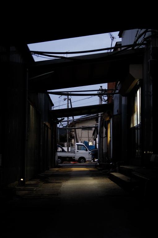 昨日の須磨海岸へ・・・日の出なし。(全てD2X)_d0148541_21254641.jpg