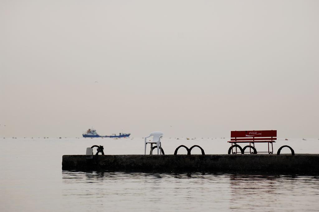 昨日の須磨海岸へ・・・日の出なし。(全てD2X)_d0148541_21261761.jpg