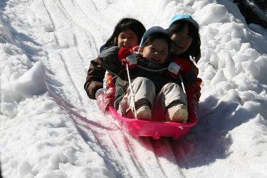 雪遊び_f0082141_5113260.jpg