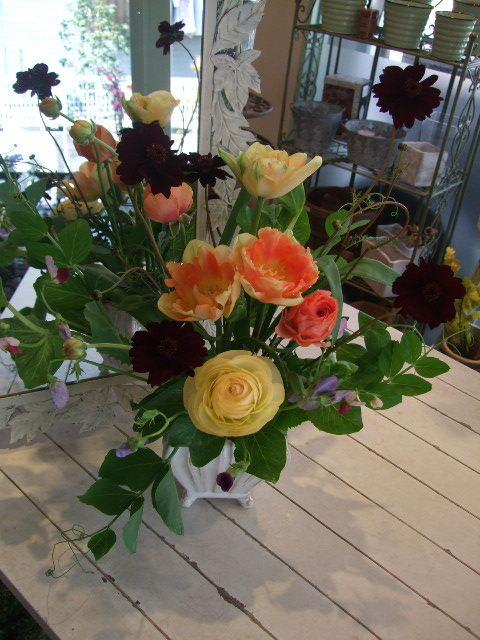 オークリーフ花の教室(エンドウを入れて。)_f0049672_15494067.jpg