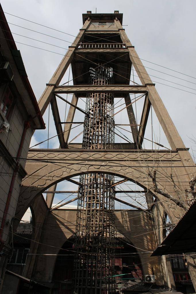 上海下町のエッフェル塔-小南門警鐘楼_f0149885_20552973.jpg