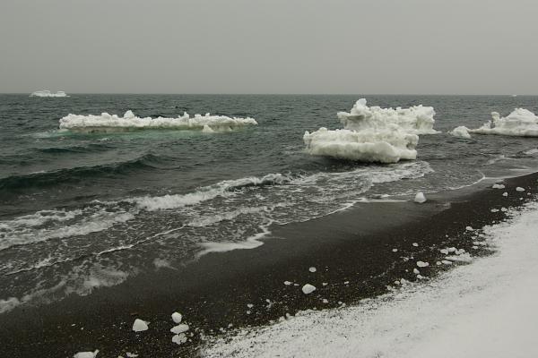 流氷は気まぐれ_e0051186_22252897.jpg