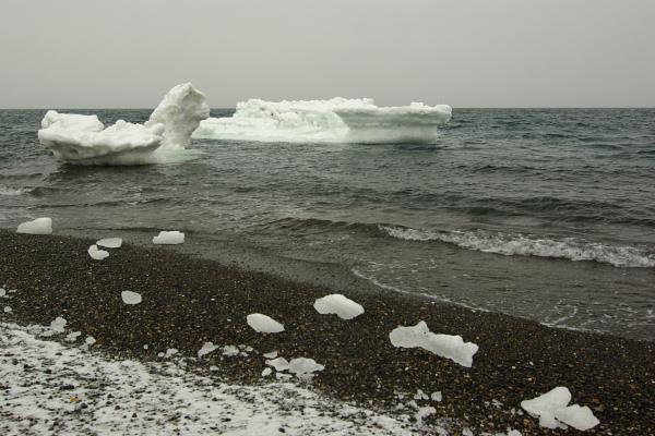 流氷は気まぐれ_e0051186_2225415.jpg
