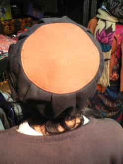 春はもう直ぐそこだぁぁぁ~~!! 帽子でオシャレに2008年春をエンジョイじゃい!!_f0004730_17382778.jpg
