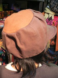 春はもう直ぐそこだぁぁぁ~~!! 帽子でオシャレに2008年春をエンジョイじゃい!!_f0004730_17392236.jpg