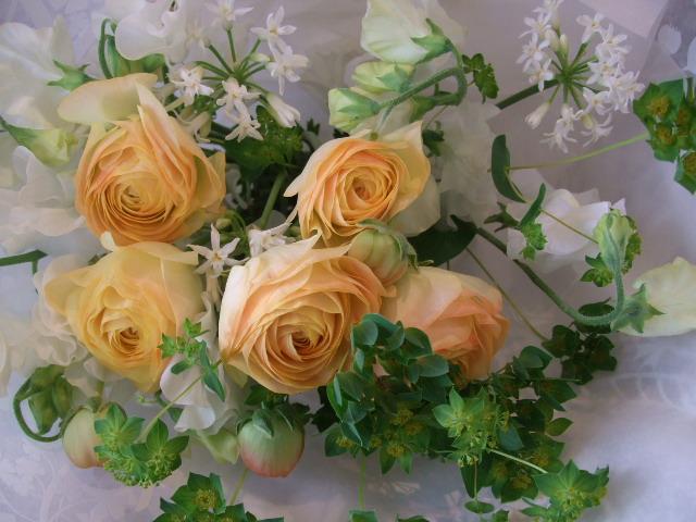 オークリーフ(ラナンキュラスの花束)_f0049672_1439103.jpg