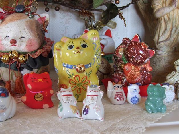 招き猫大集合_b0089338_0265690.jpg
