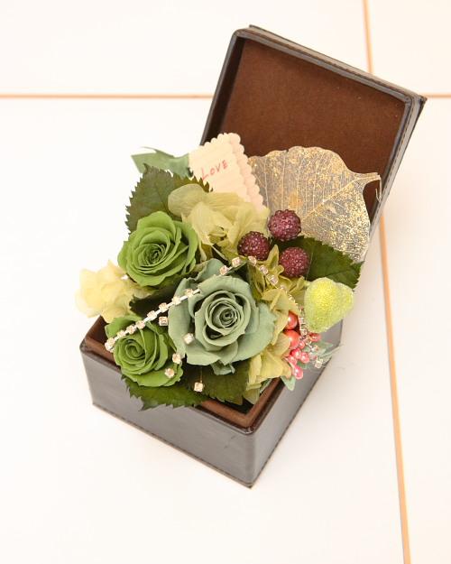 スタッフによるお花です・・・バレンタイン バージョン_e0025661_1545194.jpg