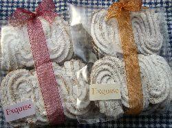 お気に入りモンブランとクッキーたち。_c0005672_22315185.jpg