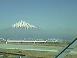 大好きな富士山を見ながら_b0096957_1150165.jpg