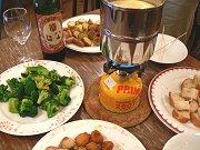 チーズフォンデュはワインに合う♪_f0019247_034241.jpg