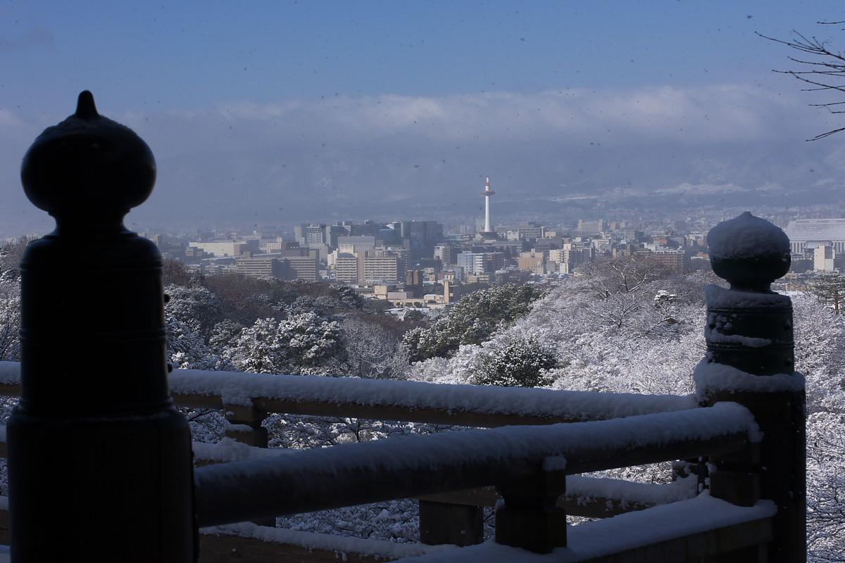 京都 雪景色 <東山> 5_f0021869_17512649.jpg