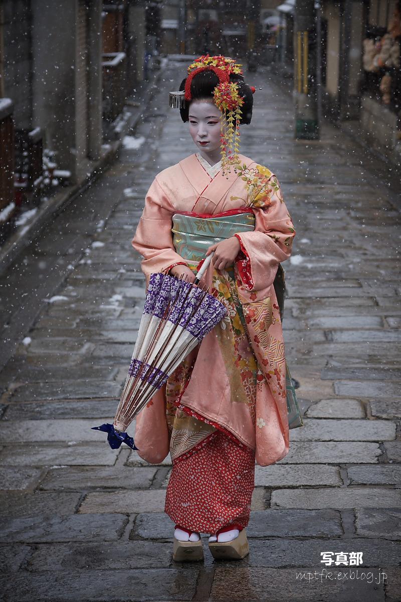 京都 雪景色 <東山> 8_f0021869_1854112.jpg