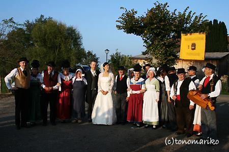 結婚式のプチカーニバル_c0024345_14442671.jpg