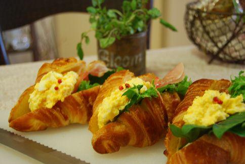 **Croissant**_a0105872_18365748.jpg