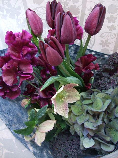 オークリーフ(チューリップ・カフェノワールの花束)_f0049672_1643448.jpg