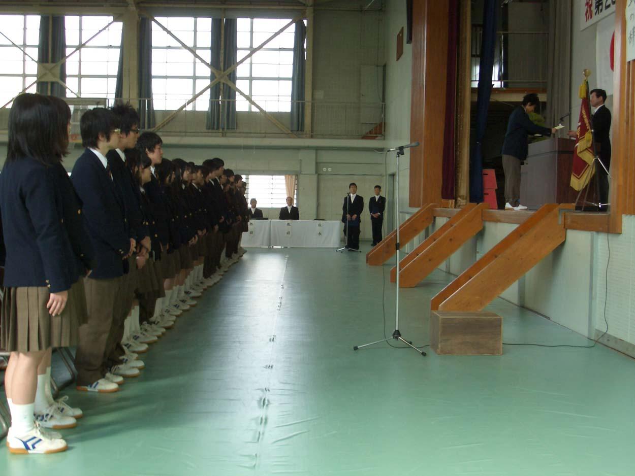 富士東高の卒業式に参加して思ったこと_f0141310_2357353.jpg