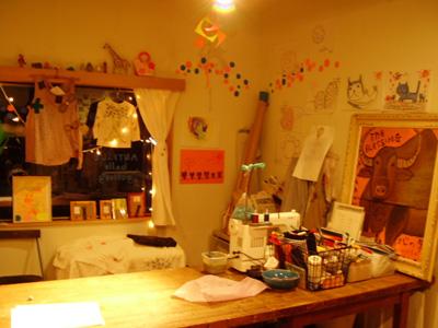 belle gallery 今現在_e0016687_8522437.jpg