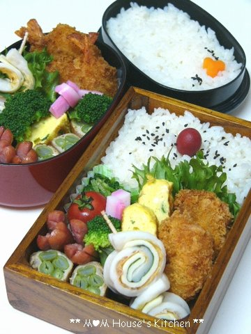 今日のお弁当☆海老カツ♪_c0139375_1223415.jpg