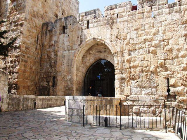 イスラエル紀行(60) ダビデの塔 その1_c0011649_0364752.jpg