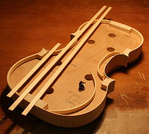 バイオリン製作ダイジェスト、、、_d0047461_23173234.jpg