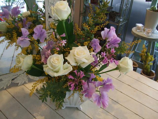 オークリーフ花の教室(峯村さん、伊藤さん、北村さんの作品)_f0049672_1603339.jpg
