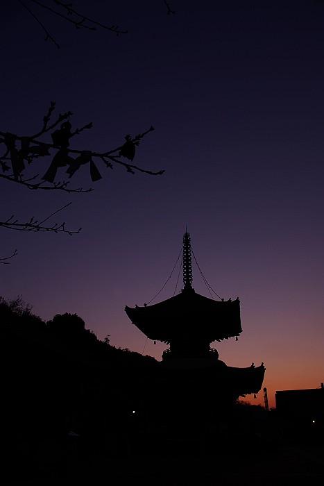 浄土寺 多宝塔(シルエット)_c0152379_823035.jpg