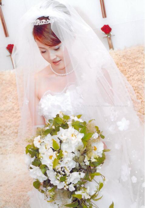 新郎新婦様からのメール  ウェディングドレス ニューオータニ様_a0042928_23524652.jpg