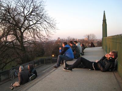 クロイツベルクの丘に登ろう!_e0038811_4213287.jpg