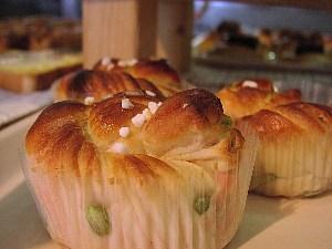 桜のパン_c0141652_17284772.jpg