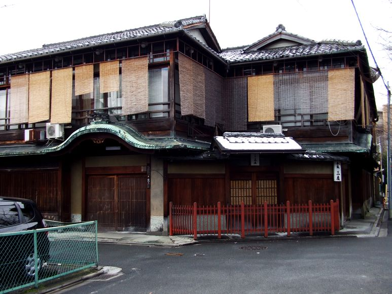 「京都・五条楽園・・・①」_d0133024_1845136.jpg