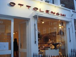 ☆☆Notting Hill Date☆☆_a0102784_271339.jpg