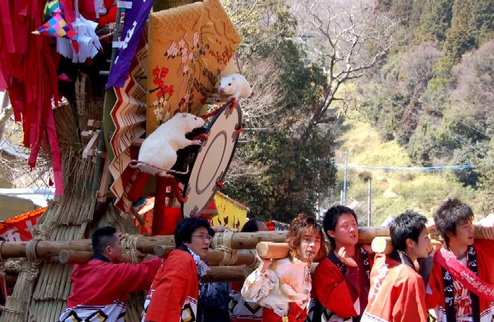 近江八幡の火祭り♪    _c0009275_22544261.jpg