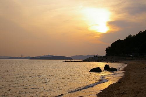 浜辺にて_e0074308_2150928.jpg