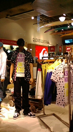 Quiksilverで衣装スタイリング☆_b0032617_1922980.jpg