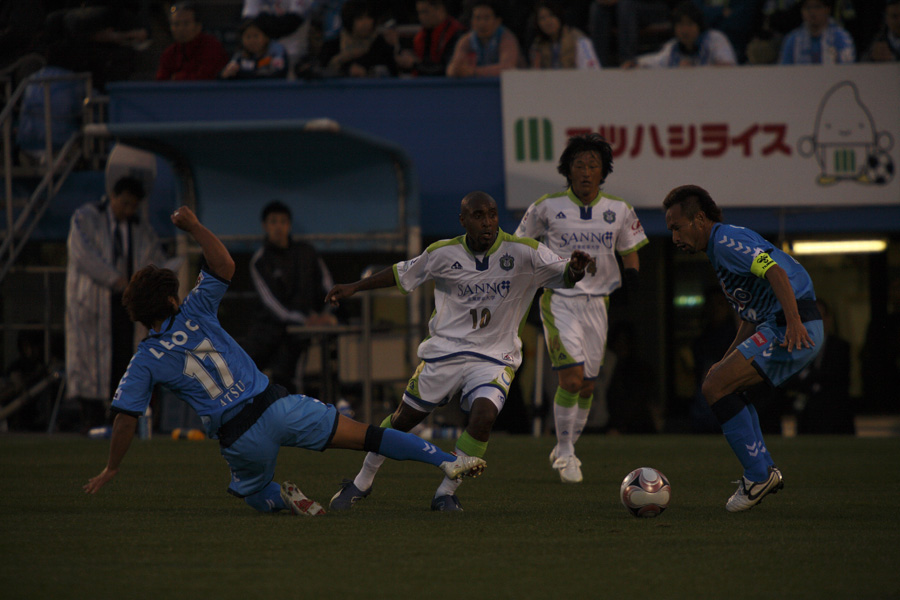 横浜FCホーム開幕戦_f0095163_22372533.jpg