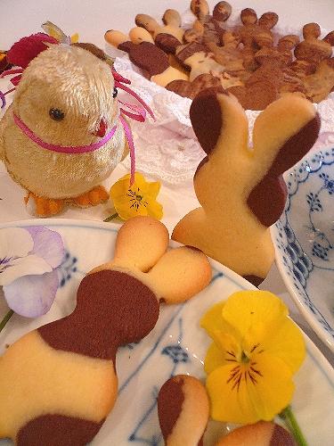 EasterのうさぎさんクッキーでMini Maria\'s Tea Cupオープンです * *。:☆.。†  _a0053662_20391326.jpg