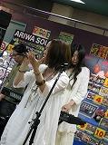 BETTA FLASHのミニアルバム発売記念インストアライブINタワーレコード渋谷店をちょっぴりレポート!_e0025035_928476.jpg