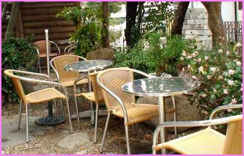 パスティッチェリア・アマレーナ       2008年3月24日_d0083265_2321464.jpg