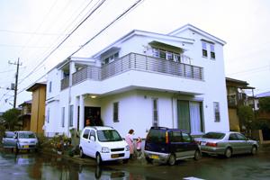 二世帯住宅の建物探訪_b0118287_142283.jpg