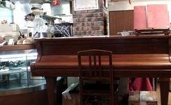 カフェレストラン・レスカエコ ビゴ     2008年3月27日_d0083265_17401697.jpg