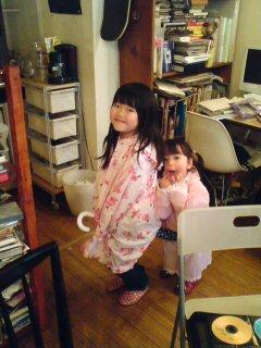 Two Damn Angels!!!_a0077907_2353991.jpg