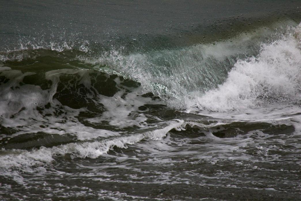 波 の 形 No.2_d0039021_18313190.jpg