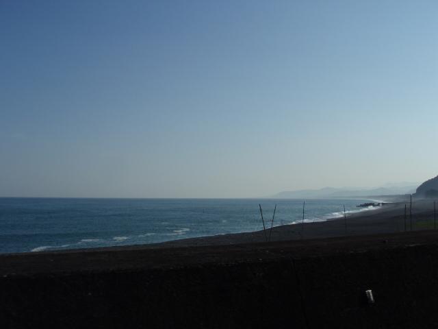熊野灘を横目に車を走らせる_c0010936_21343537.jpg