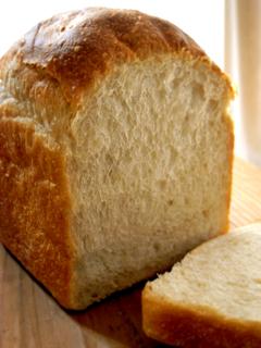 再び、はるゆたか2でシンプル山食(なたね油4%、豆乳なし) _c0110869_109264.jpg