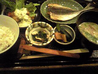 魚山亭_c0025217_1052027.jpg