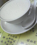 お昼ご飯+おやつ=700円_d0087642_041344.jpg