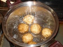 新ジャガと豚肉の味噌バター炒め(うちごはん)  2008年3月30日_d0083265_22205989.jpg