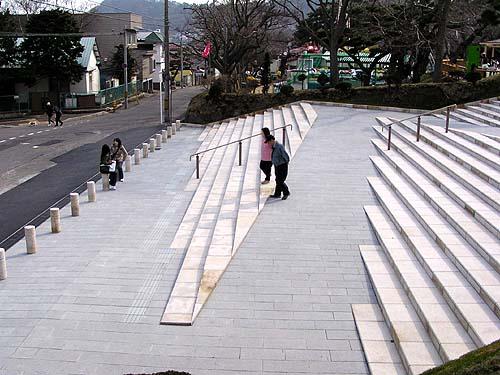 函館公園こどもの国が開園_f0092382_1217194.jpg